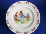 Rare Early Royal Doulton Bunnykins 'Game of Golf' Child's Plate signed Barbara Vernon c1939 (Sold)